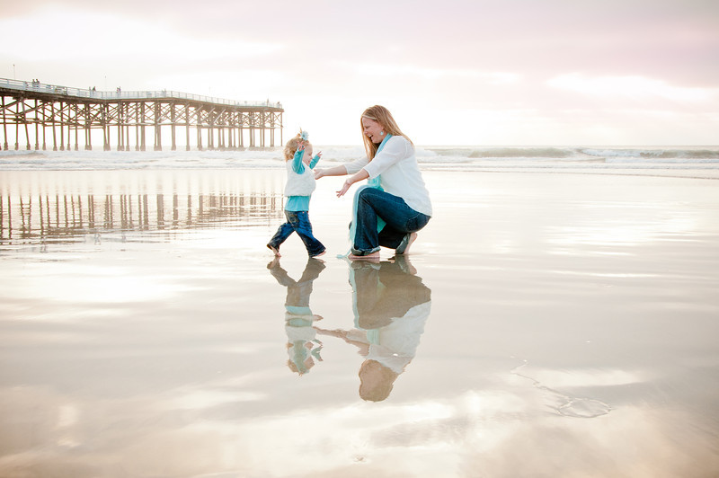 Pacific Beach Pier Family Portraits