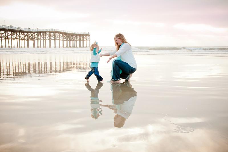 Pacific Beach Pier Family Portraits